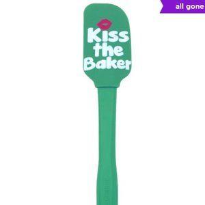 NWOT! Farberware Kiss the Baker Spatula